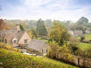 Bank Cottage, Bibury