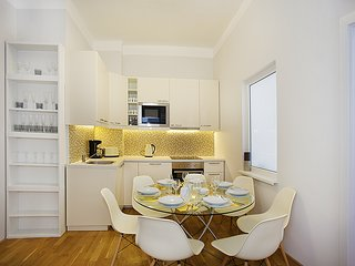 Mozaika 3 BDR Apartment By Ruterra