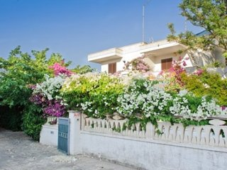 Holiday villa to rent in Puglia -  Villa Irene 2 bathroom - 400 from the beach, Torre Santa Sabina