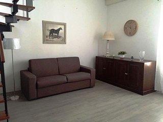 Bright apartment, 5 minutes from the sea!, Sferracavallo
