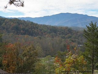 Eastwood, Gatlinburg