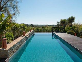 Niobe Villa, Olhão, Algarve, Quelfes