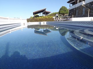 Breathtaking Villa.Oceanview swimming pool&Jacuzzi