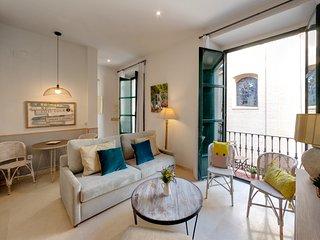 Apartamento con dos habitaciones ubicado en centro, Sevilla