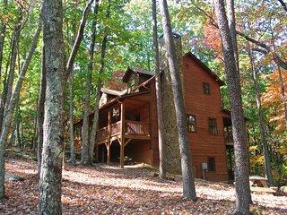Three Bears Cabin on Sal Mountain, Helen, GA