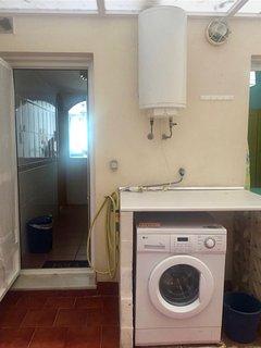 Patio privado con acceso desde cocina y dormitorio