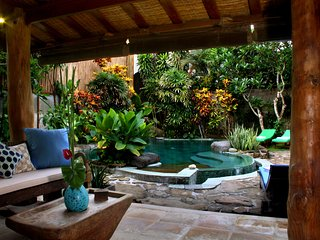 Stunning tropical oasis in great location, Legian