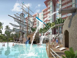 Waterpark apartment with pool view for kids!