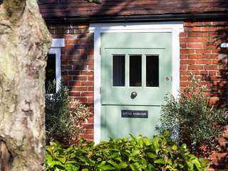 BT047 Cottage in Brookland, Ashford