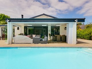 Beautiful family home in Constantia