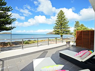 1/94 Franklin Parade - Luxurious Beach front stay, Encounter Bay