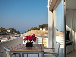 CHALET NR 3  NEAR THE SEA CALA SANT VICENTE