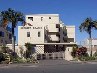 GORGEOUS BEACH APARTMENT, Umhlanga Rocks