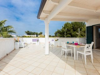 Mediterranea house at 350 m from the beach - Big terrace - Brindisi at 20 km