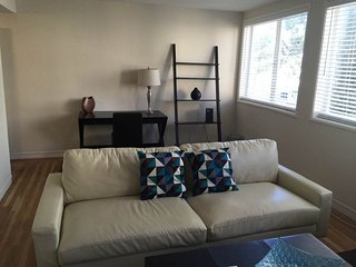Furnished 1-Bedroom Apartment at California Street & Joice Street San Francisco