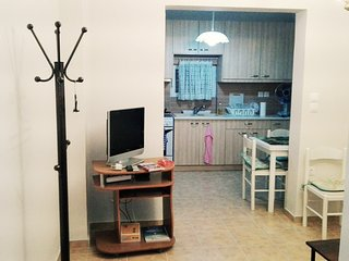 Apartment for 3 people in the center of Athens.