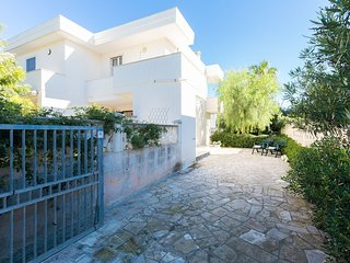 Bice - Holiday rental in Puglia - at 250 m from the beach - pets allowed, Torre Santa Sabina