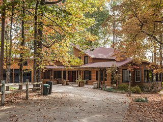 Cohutta Farms - 4 bedrooms - Private - Pool, Ellijay