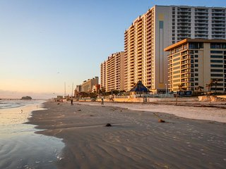 Two spacious oceanfront condos w/ shared pool, hot tub - snowbirds welcome!