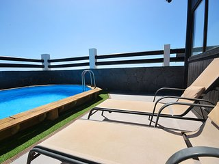A05TF NICE VILLA SEA FRONT IN MEDANO