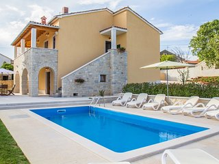 Beautiful Villa With Private Pool, Vrsar