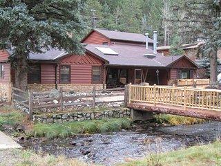 Serene Mountain Home near Ski Resorts, Idaho Springs