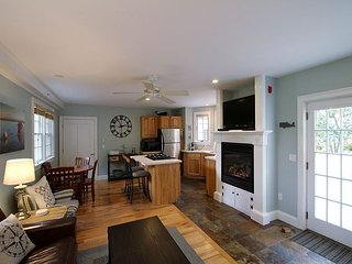 Provincetown Condo Center of Town - Have a Romantic Cape Cod Weekend