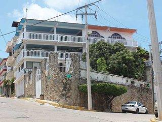 Amplio departamento en Acapulco