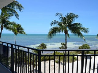Ocean Serenity C338 East, Key West