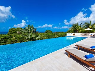 Tom Tom - Exquisite Contemporary Villa
