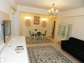 Belle Epoque Bucharest apartment for nightly rent