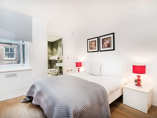 NEW Modern Apartment in the heart of Central London - Soho