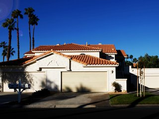 Prince Palms- gorgeous 2 bedroom in Country Club, Palm Desert