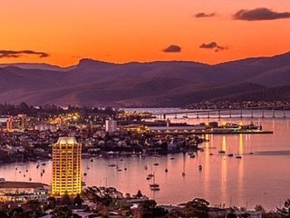 Million Dollar Views, Hobart