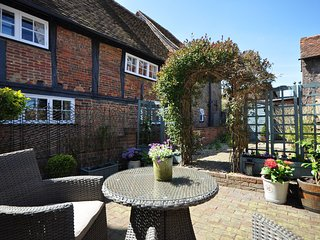 43434 Cottage in Aldbury