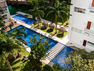 New Luxury Downtown Cancun Condo Near the Beach!, Cancún