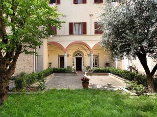 Giardino Toscano apartment in Santa Croce {#has_l…, Vinci