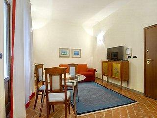 Borgo Ognissanti apartment in Santa Maria Novella…, Donnini