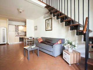 Frediano apartment in Oltrarno {#has_luxurious_am…