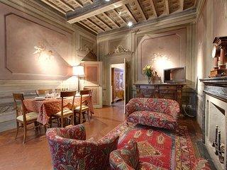 Angeli Caldaie apartment in Oltrarno {#has_luxuri…, Firenze