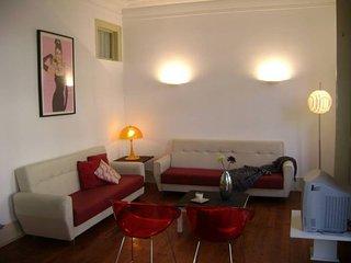 Metro Picoas apartment in Marquês Pombal {#has_lu…
