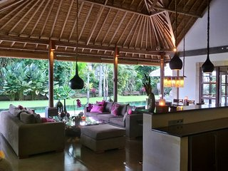 Rouge Bali - Private Villas ( Umah Bamboo )