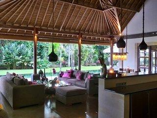 Rouge Private Villas ( Umah Bamboo ), Ubud