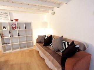Opera Dream II apartment in VI Terézváros {#has_l…