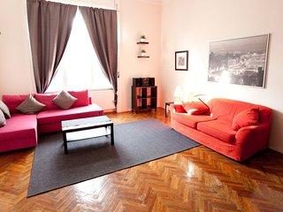 Wesselenyi Utca apartment in VII Erzsébetváros {#…