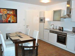 Mariahilfer Top 2 apartment in 15. Rudolfsheim-Fü…, Viena