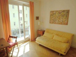 Mohsgasse apartment in 03. Landstrasse {#has_luxur…