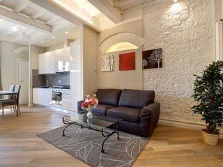 Duomo Paradiso apartment in Duomo {#has_luxurious…, Florencia