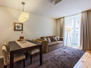 Romantic 2.5 apartment in São Nicolau {#has_luxur…