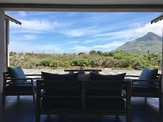 Luxury Secure Complex Home - Lake Michel, Noordhoek